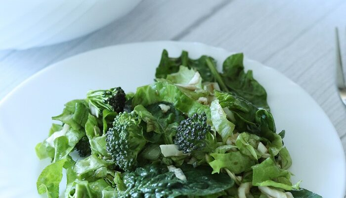 Simple Green Salad Recipe (for Flat Belly and Weight-Loss)