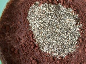 Batter for preparing chocolate chia pudding with almond milk