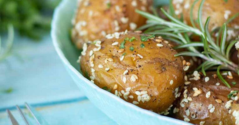 Best Recipe for Roasted Baby Potatoes (Easy Side Dish)