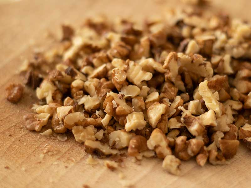 finely chopped walnuts for apple cake