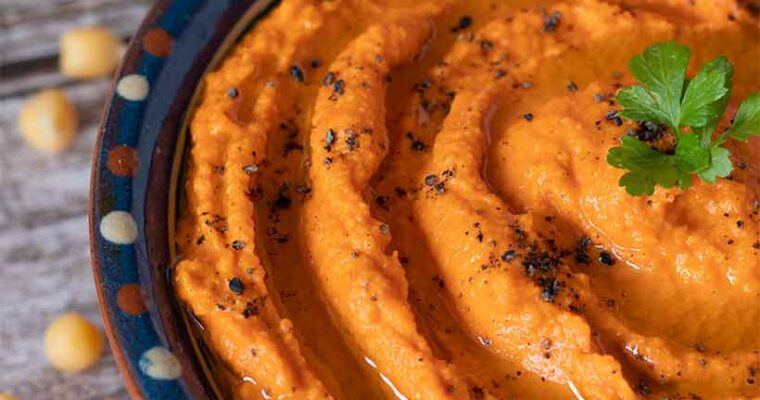 Best Recipe for Roasted Red Pepper Hummus (Creamy and Flavorful)
